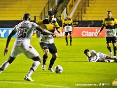Fluminense joga mal e não faz jus ao favoritismo, perdendo para o Criciúma fora de casa.