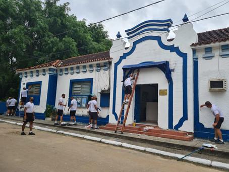 Escola Municipal, no Campo dos Afonsos, recebe manutenções de alunos do CFAP