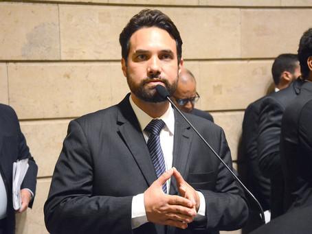 Dr. Jairinho pode perder a Medalha Tiradentes concedida pela Alerj