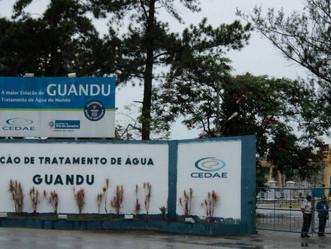 Após denúncias de moradores, Cedae adota medidas para conter alteração na água