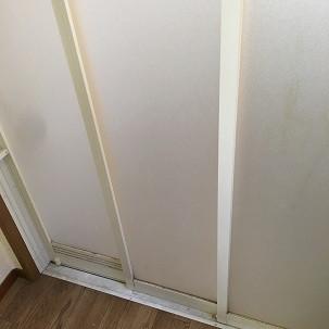 浴室ドア(脱衣所側)