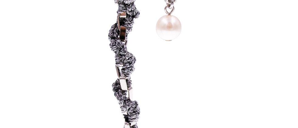 Amelie Jewelry Pearl Twisted Earrings Grey