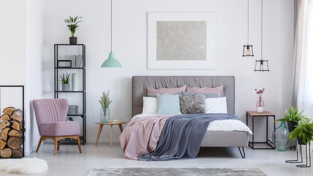 Lighting Fixtures for a Modern Bedroom