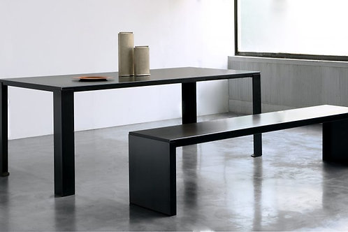 NOTO ZEUS / BIG IRONY TABLE
