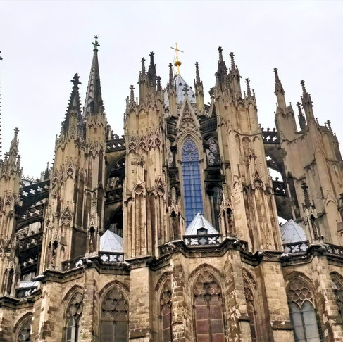 The Ultimate Guide for a weekend trip to Cologne!