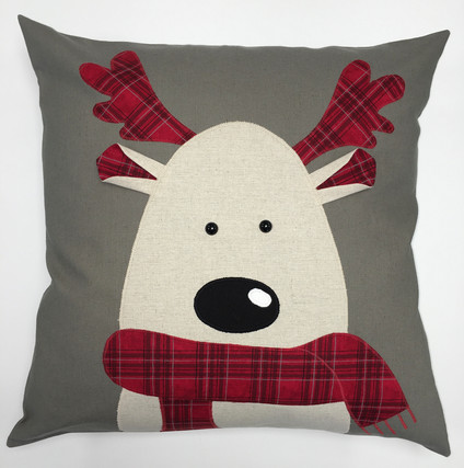 Cushion - Christmas  Reindeer.jpg