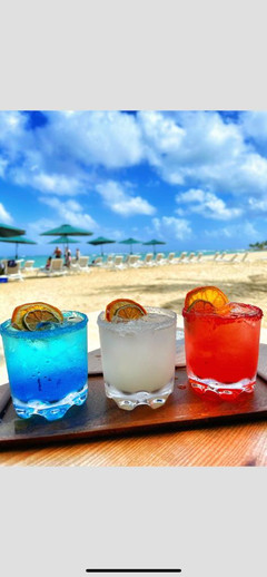 Coctails at the beach
