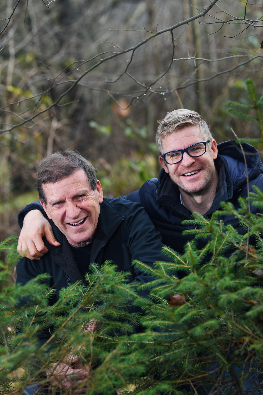 Ivo in Matic Konc, oče in sin, ki jima je smrekova smola spremenila življenje.