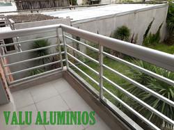 Baranda en aluminio