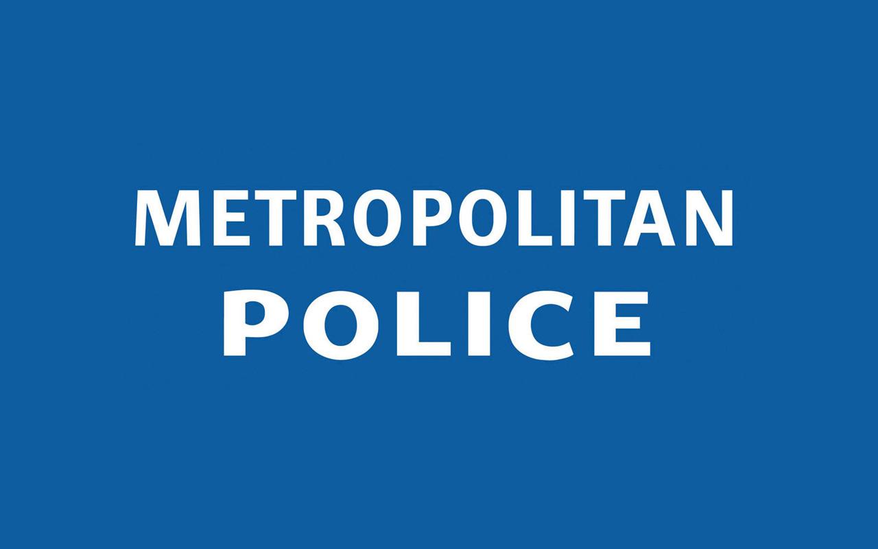 MET+POLICE_edited-2.jpg