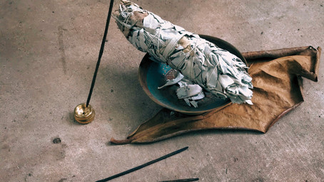 A Beginner's Guide to Herbs & Smudging.