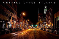 #downtowndavenport #quadcityphotographer #Crystallotusstudios #night #nightphotography #24mmstm #24m