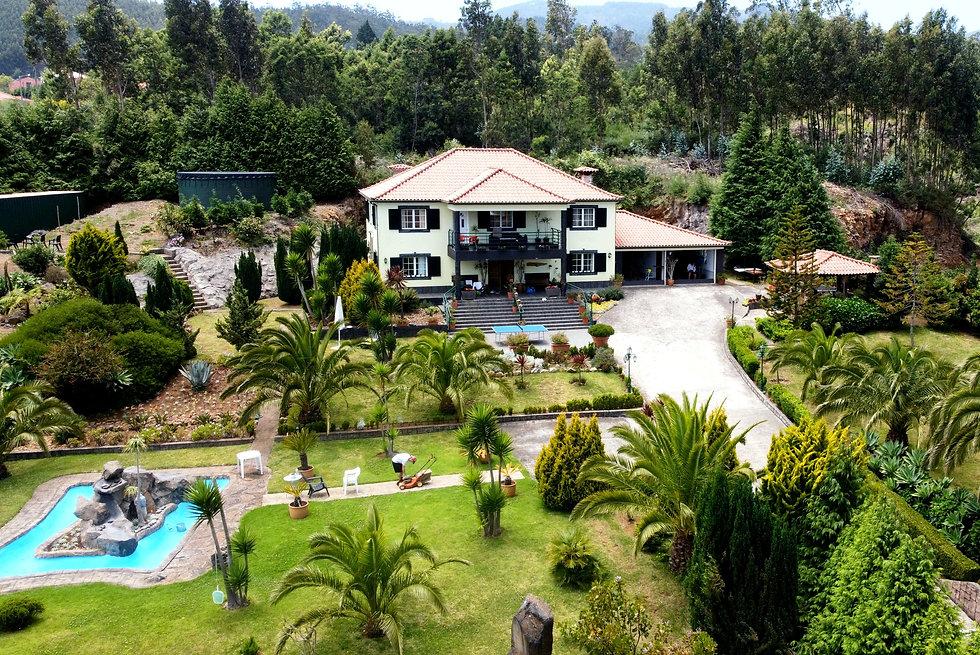 Villa drohne_edited.jpg