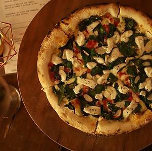 Nova delícia do Orla! PIZZA com espinafr