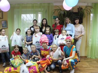 Сыктывкарский молочный завод вручил подарки первоклассникам