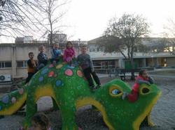 הדינוזאור - יצירה קהילתית 2014