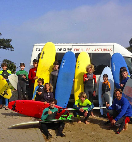 aprendiendo a surfear en Frejulfe