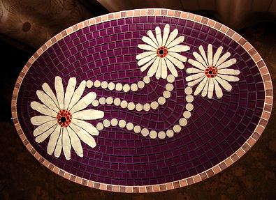 Stol iz mozaiki