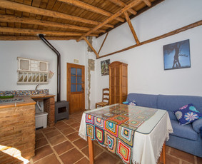 Salón-cocina Casa Algaba