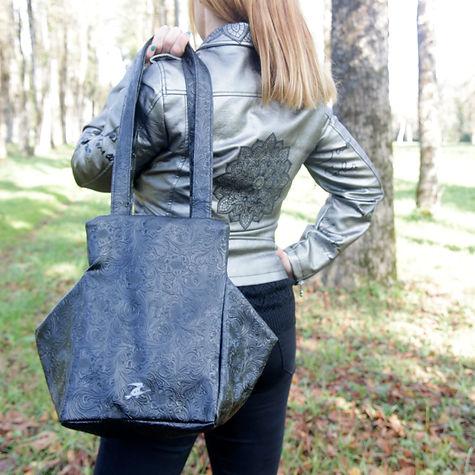 large_Black_shoulder_bag_bold_leather_co