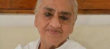 Dadi Gulzar Hindi biography