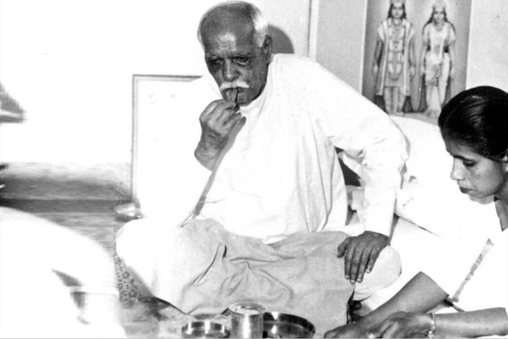 Brahma Baba eating - madhuban
