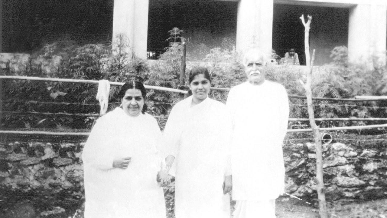 Mama Baba greeting in madhuban