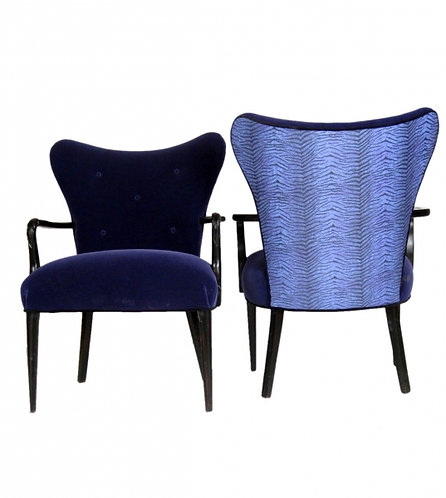 Pair of Cobra Fan Back Chairs