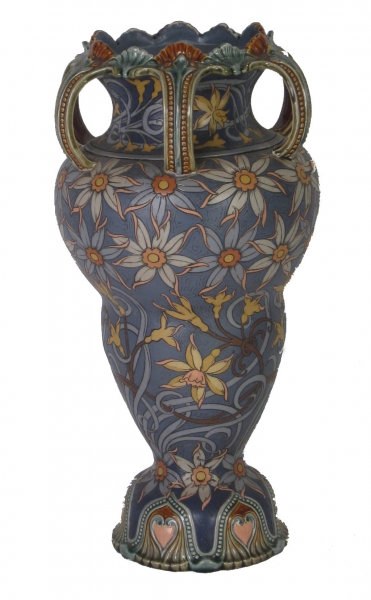 Dramatic Art Nouvau Mettlach vase