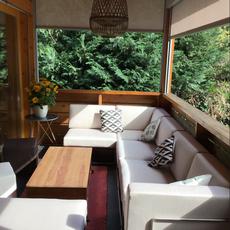 Revêtement d'un canapé extérieur avec un tissu 100% étanche et résistant aux UV