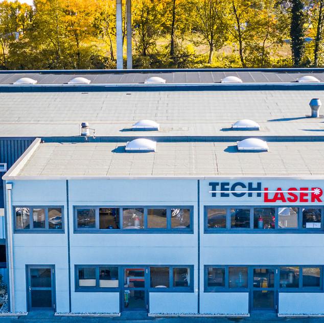 Tech-Laser, un site orienté vers le futur.  A l'affut de toutes les nouvelles technologies et en développement constant, nous affutons continuellement nos connaissances. Nous tendons à faire évoluer nos infrastructures pour être prêt à répondre à vos besoins de demain.