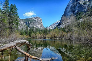 lake_mirror_reflection_yosemite.jpg
