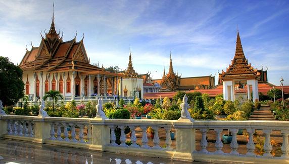 capitale-cambogia-palazzo-reale.jpg