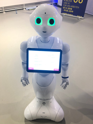Roboter Pepper, Out of Office