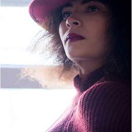 Victoria Brookes (Fashion Editorial)