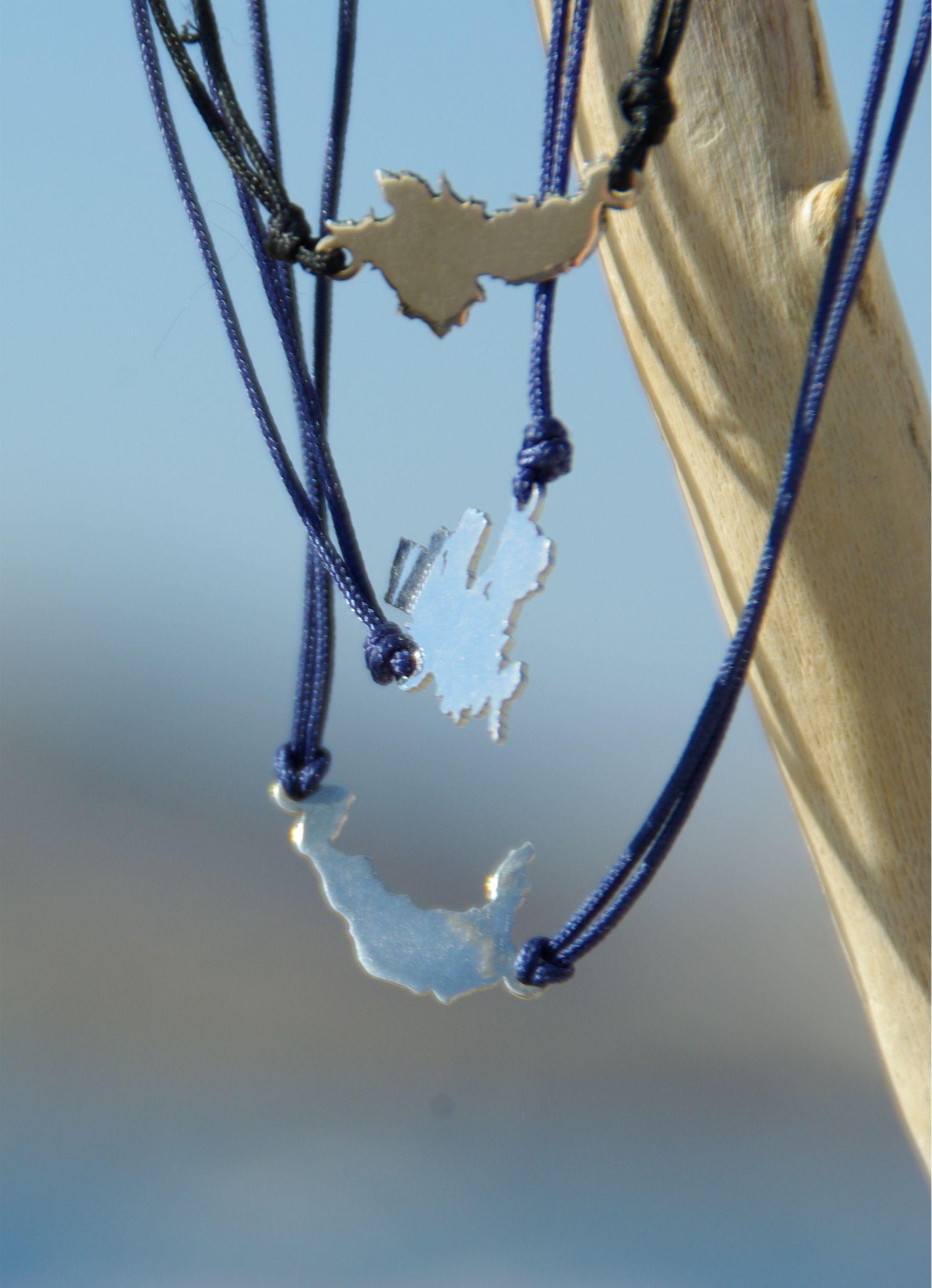 Bracelets Blue