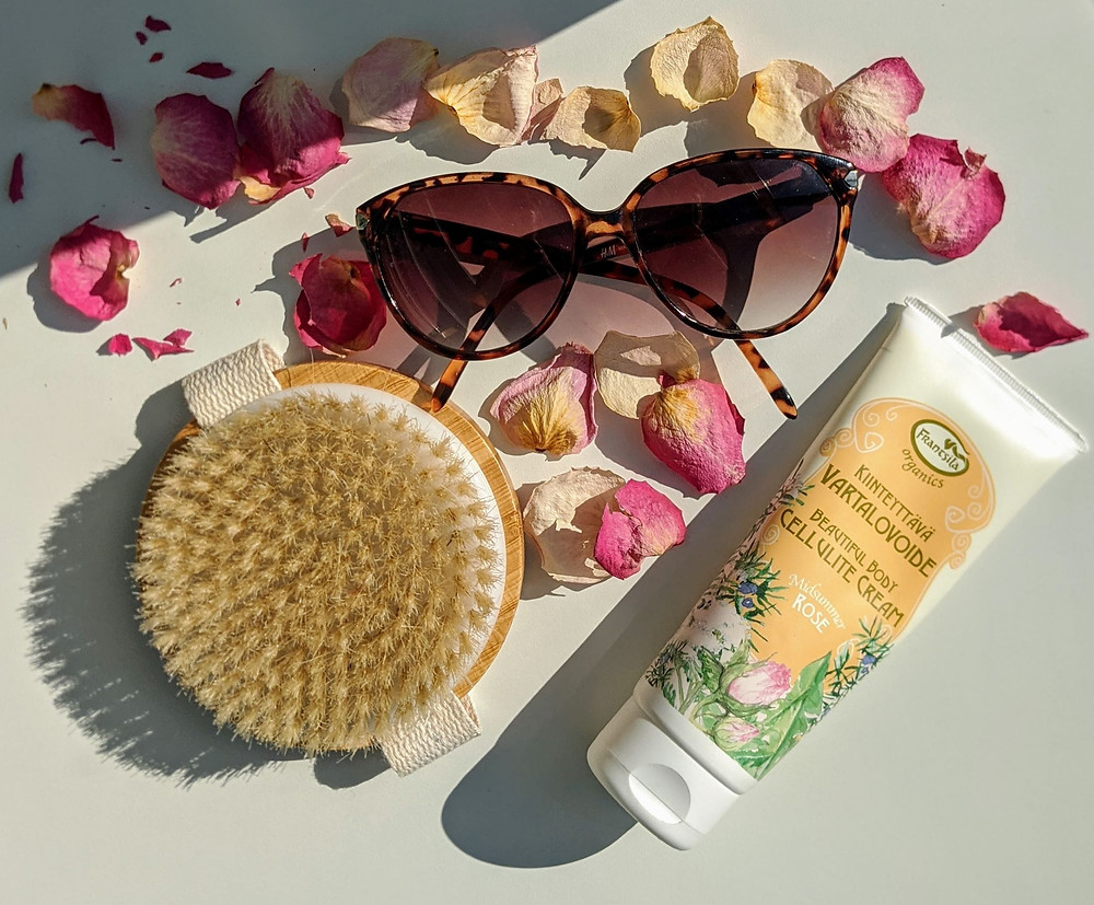 Koti Lifestyle | summer skincare, sunglasses, body brush,  Frantsila Beautiful Body Cellulite Cream