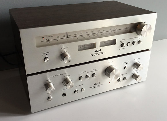 Amplificateur AKAI AM 2200 + Tuner AKAI AT 2200 L