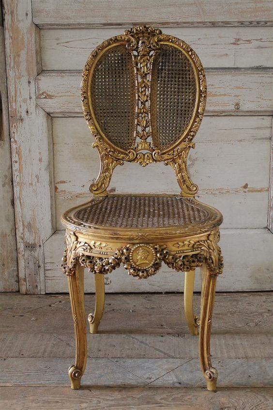 Diseño de Sillas Louis XV