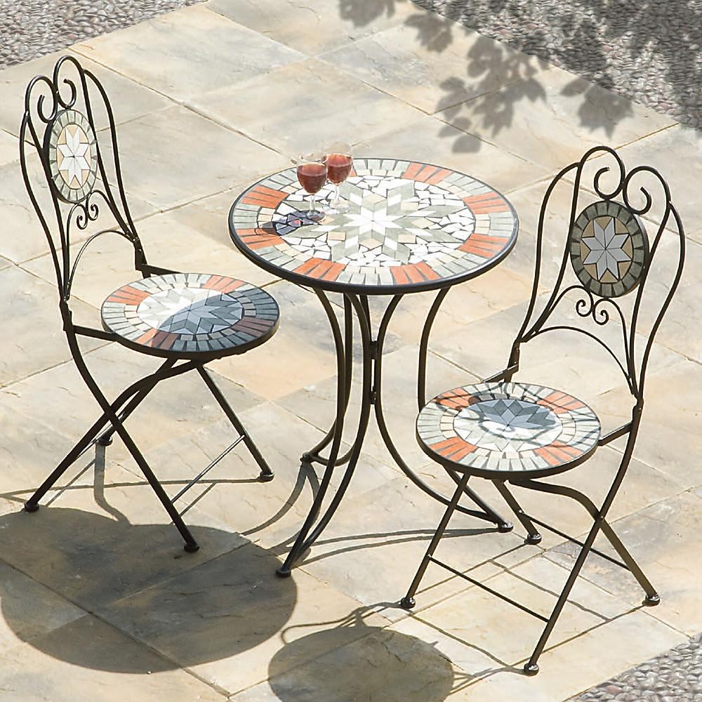 muebles de patio estilo bistró francés