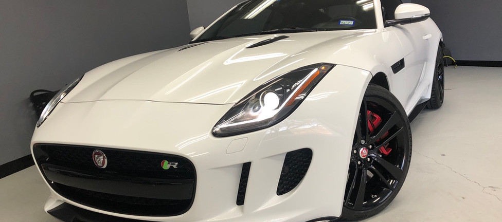 Juguar F-Type R
