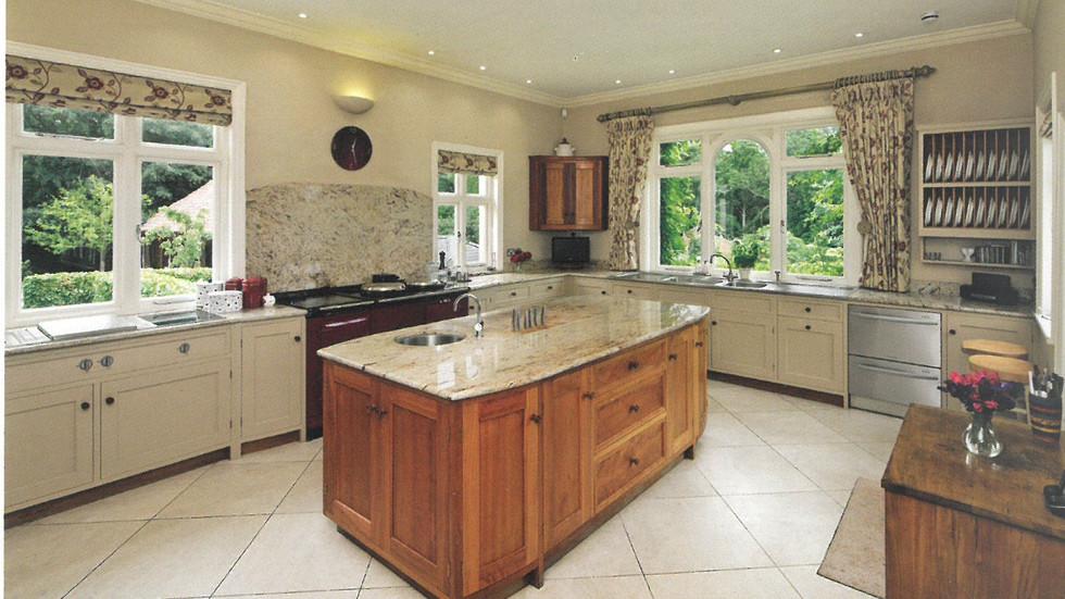 1123 Manor House Kitchen.jpg