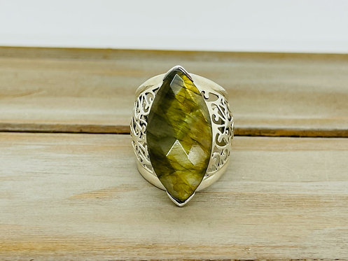 925 Filigree with Marquise Shaped Green Stone Ring