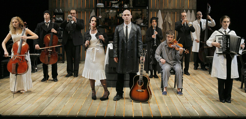 Sweeney Todd 2005 - Full Company - High