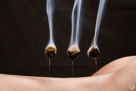 Wärmebehandlung am Körper