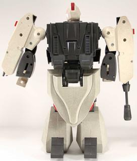 Robotech-hovertank-16.jpg
