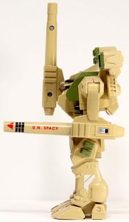 robotech-exo-sqaud-excaliber-2.jpg