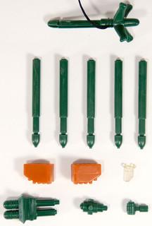 exosqaud-bronski-foreign-green-9.jpg