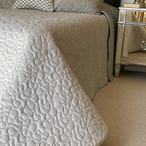 Vermicelli Quilted Bed Throw