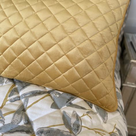 Quilted Pillow Sham with Piped Edge